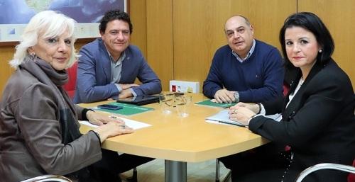 La Junta apoya a las asociaciones del sector de fresco para renovar el acuerdo pesquero con Mauritania