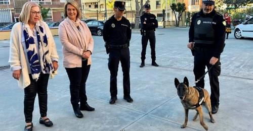 La Policía Local de Motril pone en marcha una unidad canina en el municipio para vigilar el menudeo