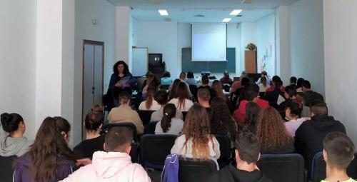 Más de medio centenar de personas asisten en Salobreña al curso de 'Manipulación de Alimentos'