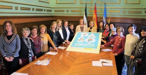 Motril alza la bandera de la igualdad con motivo de los actos del Día Internacional de la Mujer