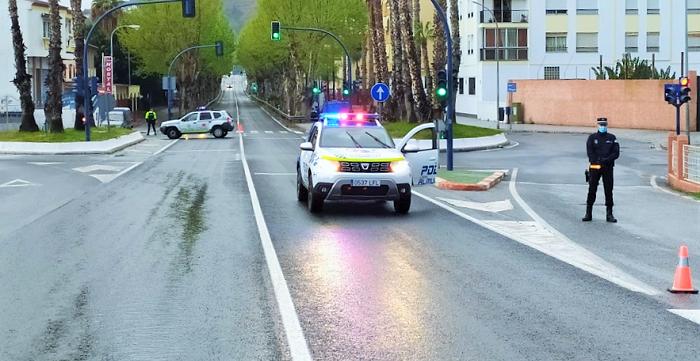 Policía Local y Guardia Civil siguen con los controles en Almuñécar