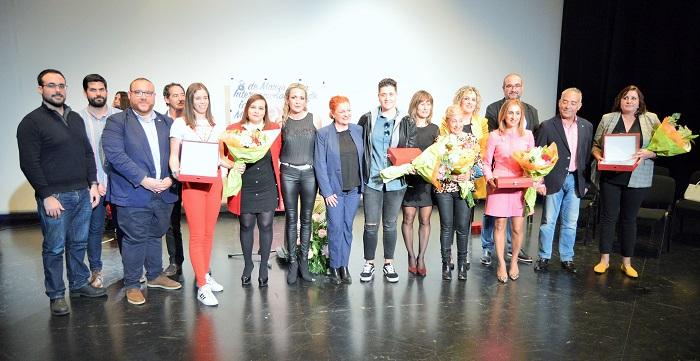 Salobreña reconoce el papel de la mujer en el deporte en la entrega de los premios 'Clara Campoamor'