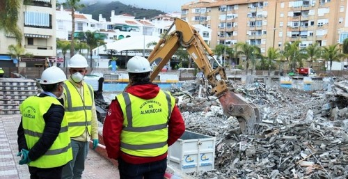 Demolición mercado municipal Almuñécar