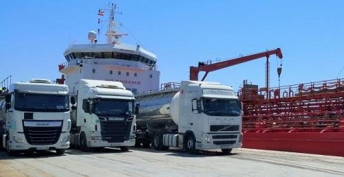 El Puerto de Motril mueve esta semana más de 36.000 toneladas de mercancías para abastecer la cadena logística
