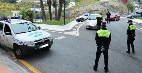 Policía Local y Guardia Civil intensifican los controles de acceso a Almuñécar