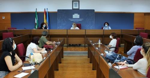 La Mesa por las Familias de Motril planifica sus líneas de actuación para la fase de recuperación económica y social