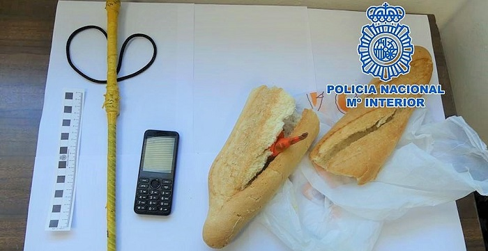 La Policía Nacional de Motril detiene a un varón transportando cocaína oculta en una barra de pan