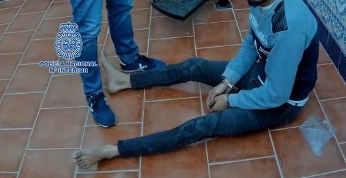 La Policía Nacional detiene a cinco miembros de un grupo dedicado al tráfico ilícito de personas
