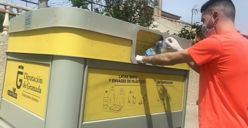 La provincia de Granada registra un aumento del reciclaje de plásticos y cartón durante el estado de alarma